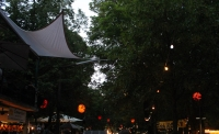 The weatherproof and robust lampion Barlooon at the Bergkirchweih in Erlangen at the cellars in the trees.
