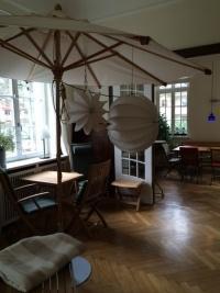 Der wetterfeste und robuste Lampion Barlooon - bei Garpa in Berlin.