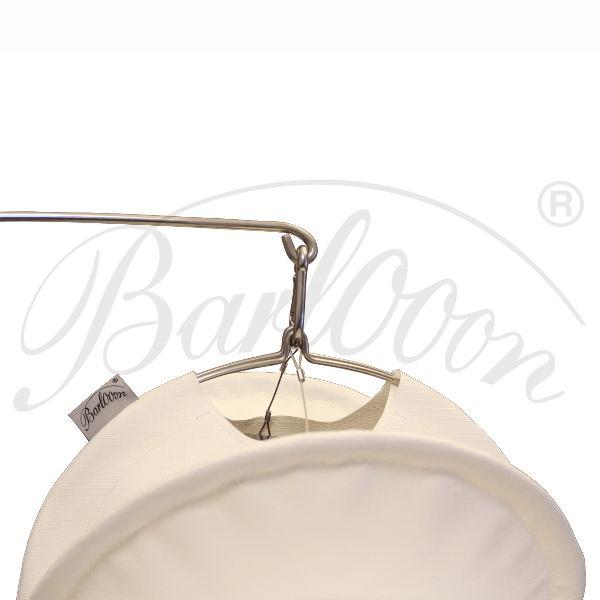 Der Edelstahl-Erdspieß für den wetterfesten und robusten Barlooon Lampion in der Größe S - Detailansicht.