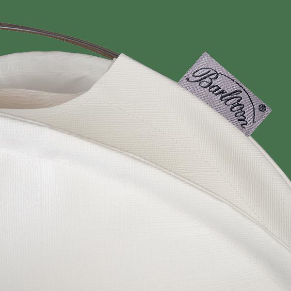 Der wetterfeste Outdoor Lampion Barlooon in weiß in der Grösse L - Das Label.