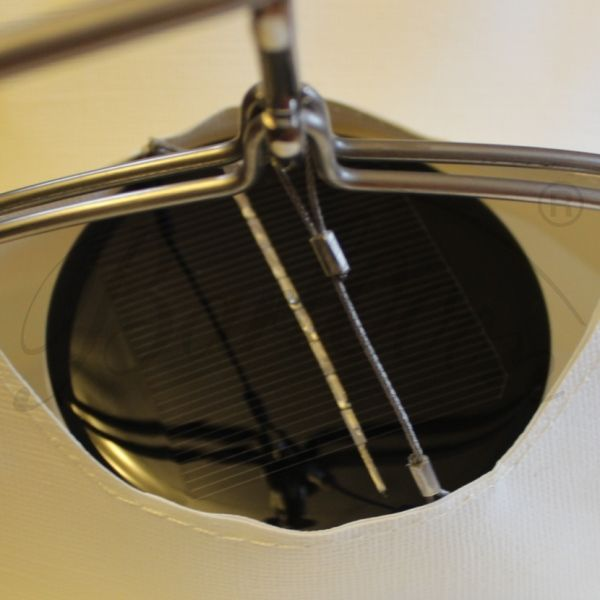 Das LED Solarmodul für den wetterfesten und robusten Lampion Barlooon integriert im Lampion