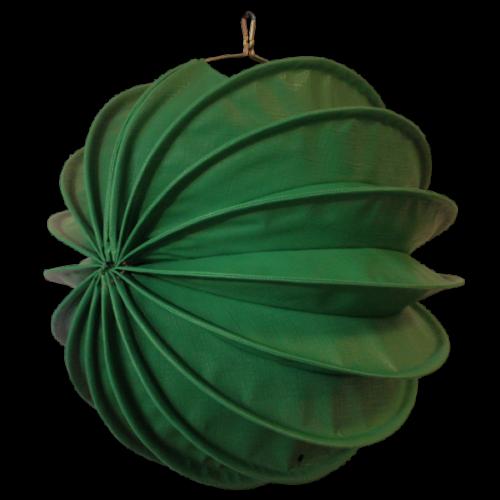Der wetterfeste outdoor lampion Barlooon in grün in der Größe M.