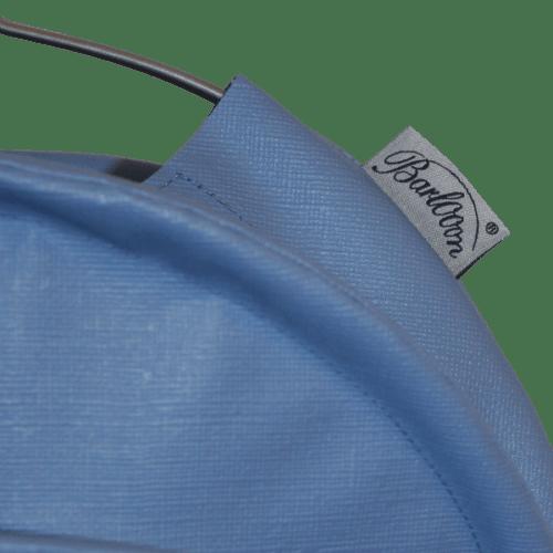 Der wetterfeste Outdoor Lampion Barlooon in taubenblaugrau in der Grösse S - Das Label.